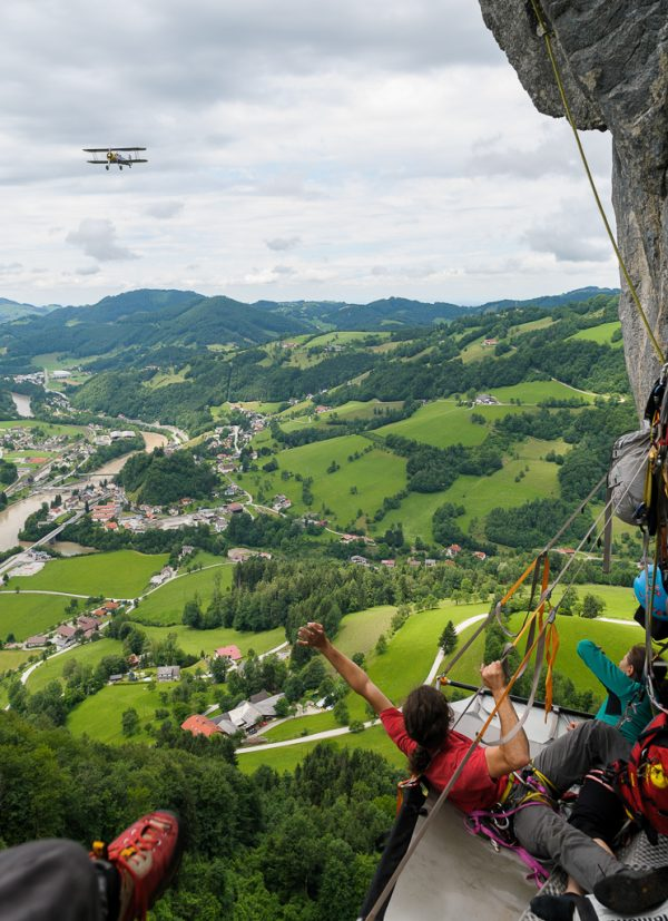 Portaledge Biwak Wandbiwak Big Wall training Flugzeug