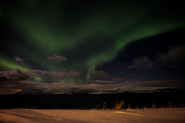 Lyngen Alps skiing aurora borealis Nordlicht